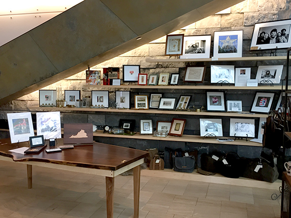 Taubman Museum of Art Gift Shop